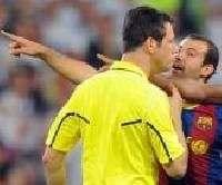 Маскерано получил красную карточку после матча