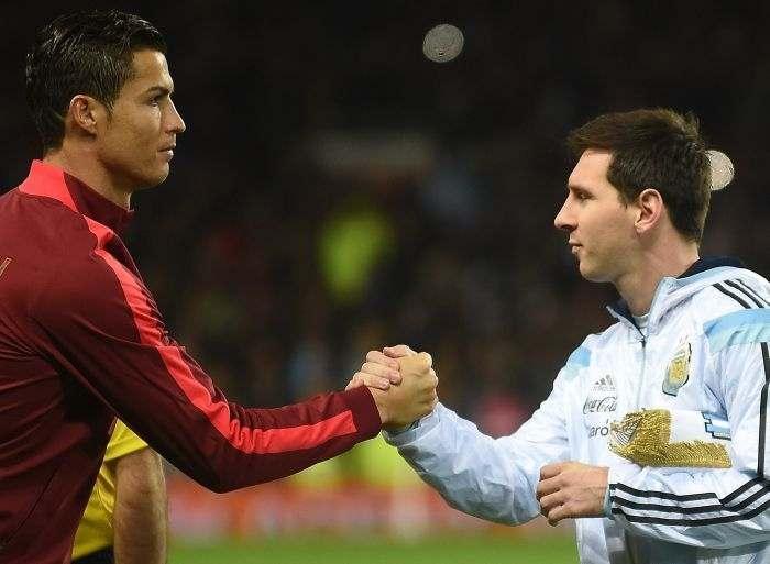 Даниэл Алвес: Месси влияет на игру своей команды, а Роналду – нет