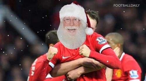 Известные футболисты спрятались под маской Санта Клауса (ВИДЕО)