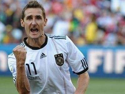 Мирослав Клозе: «За сборную Германии играть больше не хочу. Лучше посижу с бокалом вина или пива»