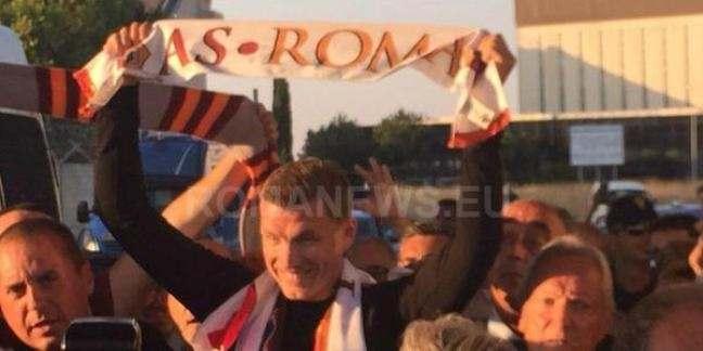 Эдин Джеко прибыл в Рим