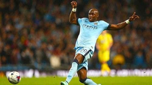 Мангала остается в Манчестер Сити