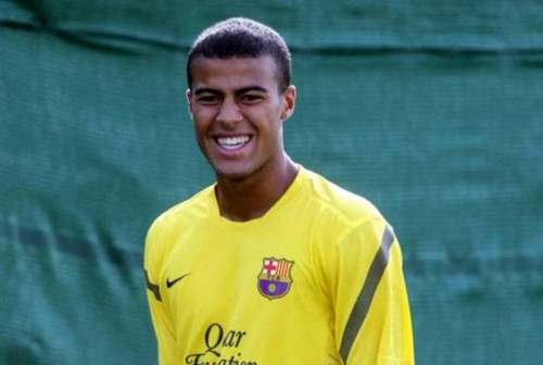 Барселона продлит соглашение с Рафиньей