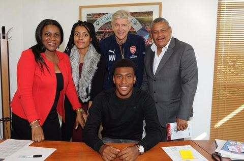 «Арсенал» продлил таланта