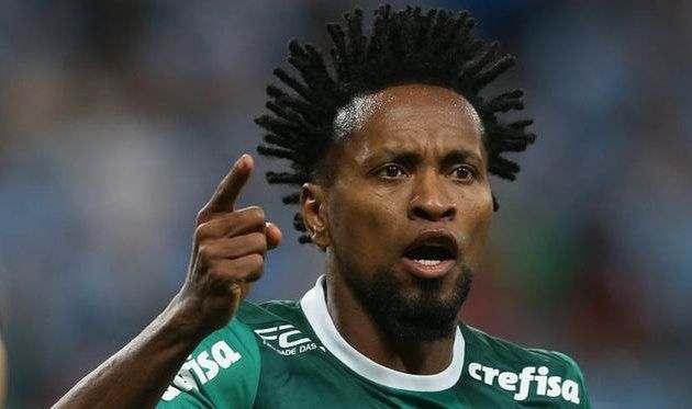 42-летний Зе Роберто продлил контракт с Палмейрасом