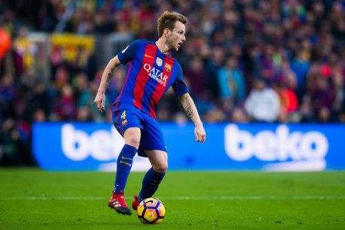 «Барселона» продлит контракт с хавбеком