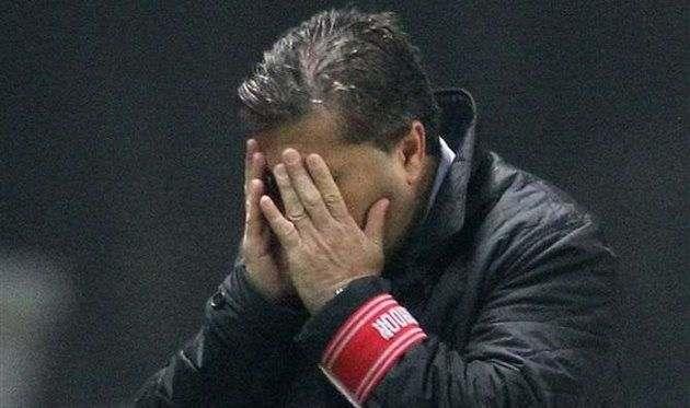 Пезейру уволен споста основного тренера Браги