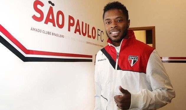 Мишел Бастос покидает Сан-Паулу