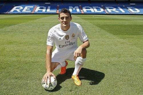 Милан нацелился на плеймейкера Реала