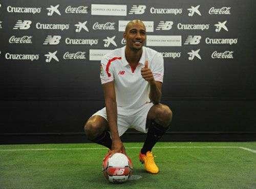 «Лестер» претендует на полузащитника «Севильи»