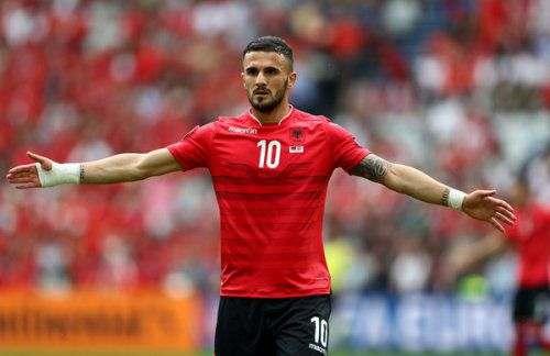 Игроки сборной Албании награждены после вылета с Euro-2016