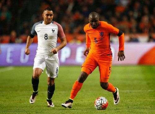 «Монако» претендует на защитника сборной Голландии