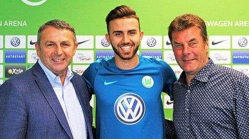 Вольфсбург арендует форварда Реала