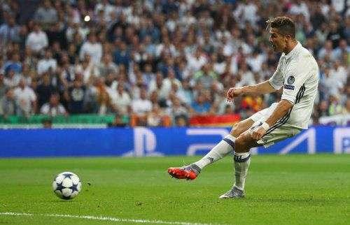 Зинедин ЗИДАН: «Роналду отличается от других футболистов»