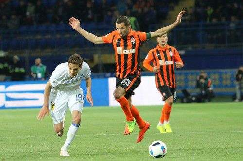 Дарио СРНА: «Пусть Ребров следит за своими футболистами»