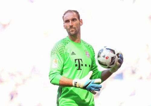 Голкипер «Баварии» объявил о завершении карьеры