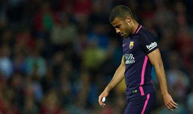 Ливерпуль и Рома поборются за полузащитника Барсы