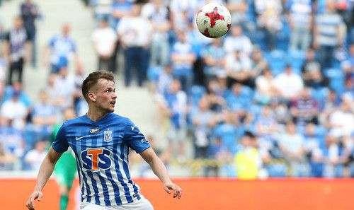 Динамо подпишет защитника Леха Томаша Кендзеру