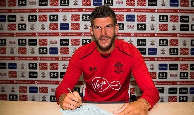 Форстер заключил новый контракт с Саутгемптоном