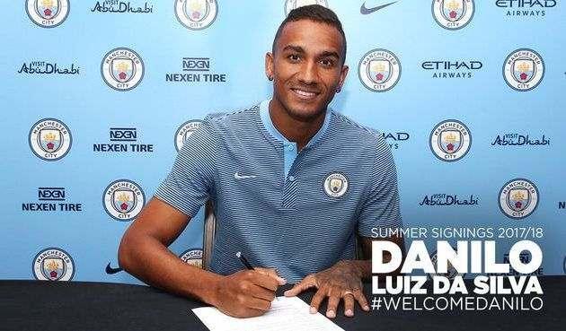 Официально: Данило — игрок Манчестер Сити