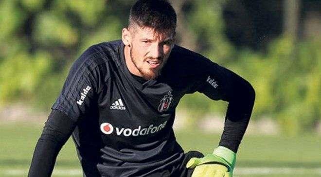 Бойко перевели в молодежную команду Бешикташа, на игрока претендует Порту