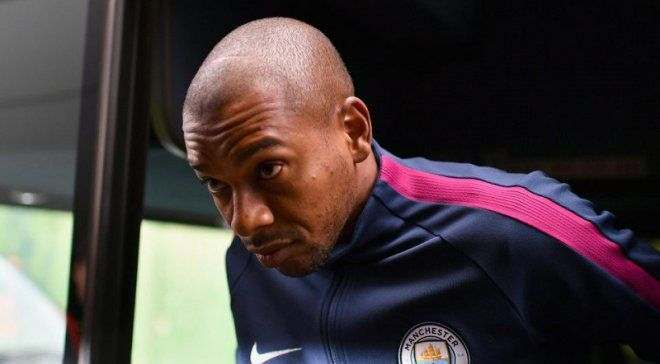 Фернандиньо заинтересовал ряд европейских топ-клубов, но хочет остаться в Манчестер Сити, – The Sun