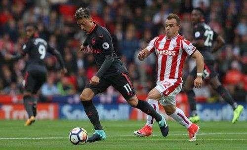 Полузащитник «Арсенала» может перейти в «МЮ»