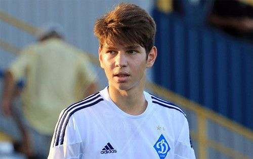 Никита Кравченко продлил контракт с Динамо