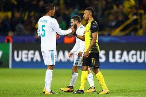 «Реал» подписал новый контракт с защитником