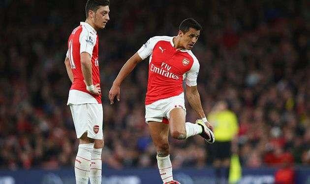 Арсенал может продать Озила и Санчеса в январе