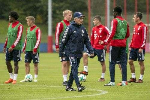 Главный тренер «Баварии» Юпп Хайнкес ждет, что Томас Мюллер возьмет на себя функции лидера.