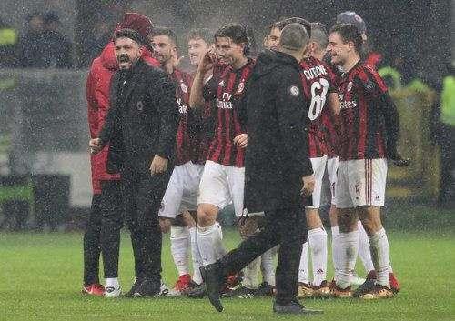 «Милан» наказал своих игроков