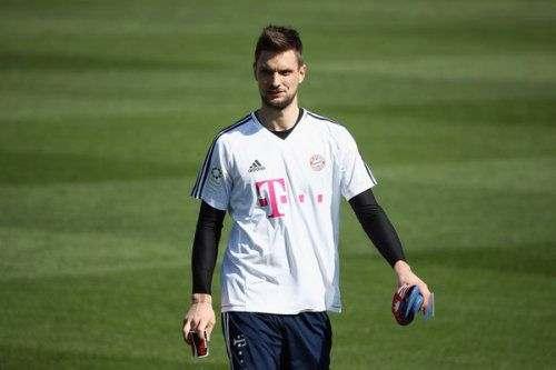 «Бавария» продлила контракт с вратарем