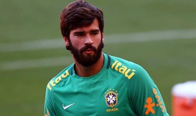 Алиссон — новый капитан сборной Бразилии