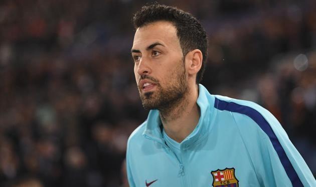 Серхио Бускетс недоволен своей зарплатой в Барселоне