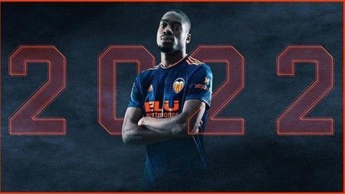 Валенсия выкупила у Интера контракт Кондогбия