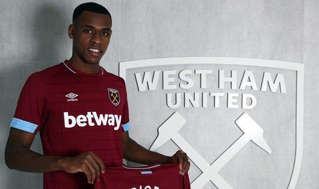 Вест Хэм подписал Исса Диопа за рекордную для клуба сумму