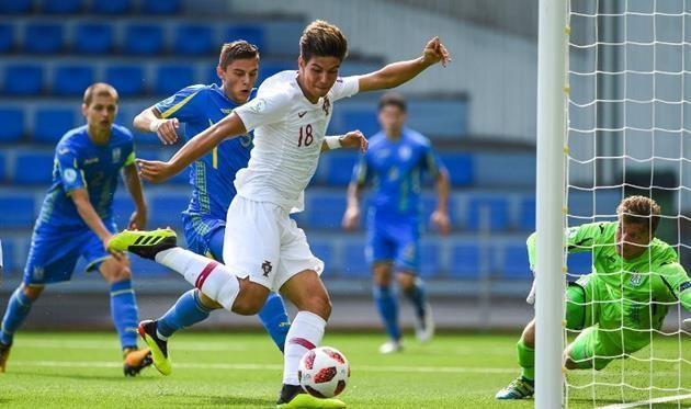 Украина U-19 — Португалия U-19 0:5
