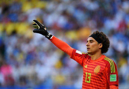 «Наполи» подпишет вратаря сборной Мексики