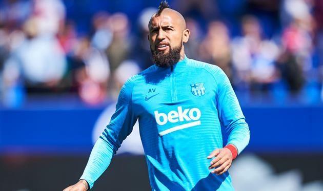 Барселона намерена предложить Видалю новый контракт — СМИ