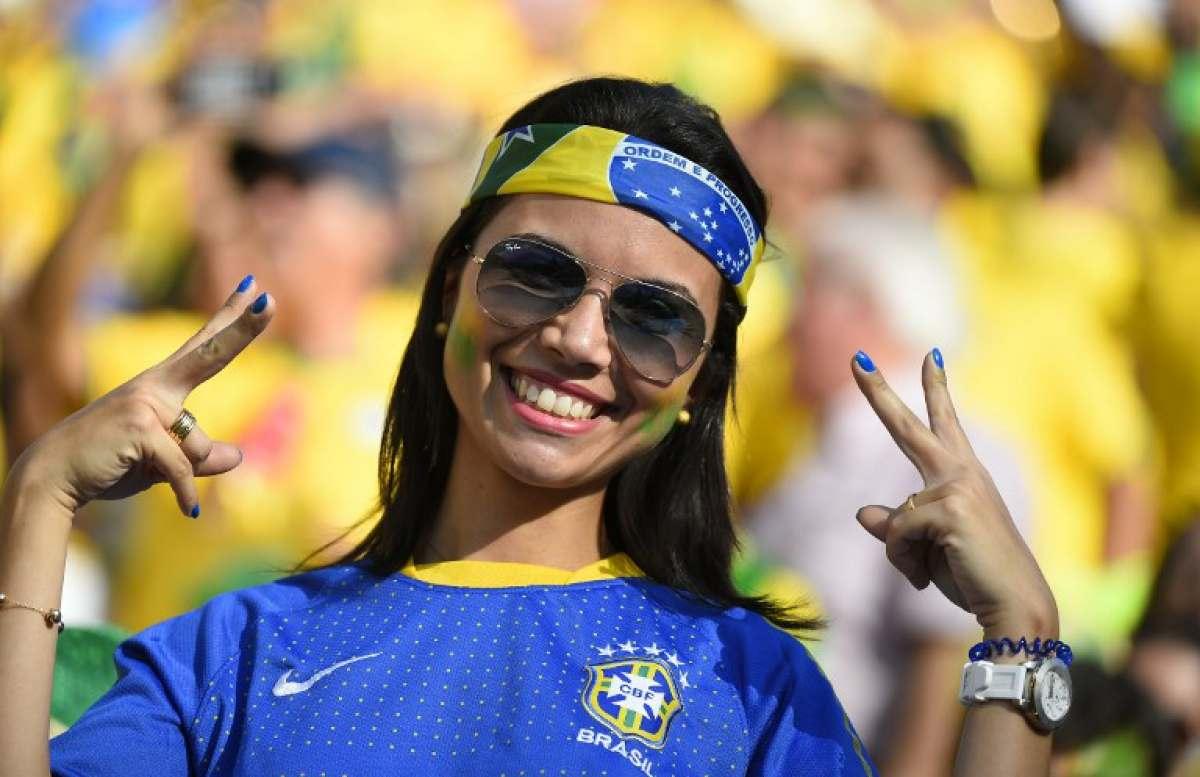 Самые сексуальные бразильские болельщицы 26 фотография