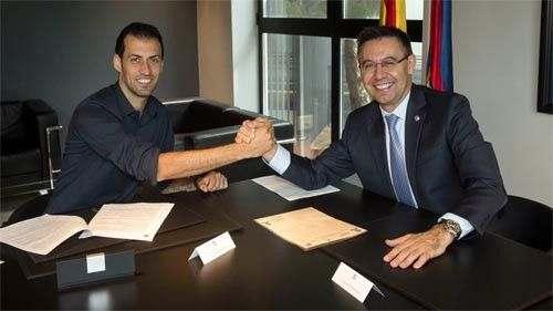 Серхио Бускетс подписал новый контракт с Барселоной