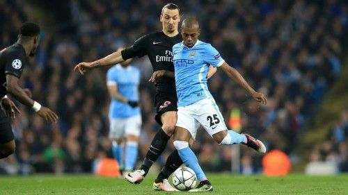 Манчестер Сити продлит контракт с Фернандиньо