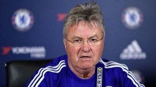 Гус ХИДДИНК: «Не собираюсь оценивать игроков перед уходом»