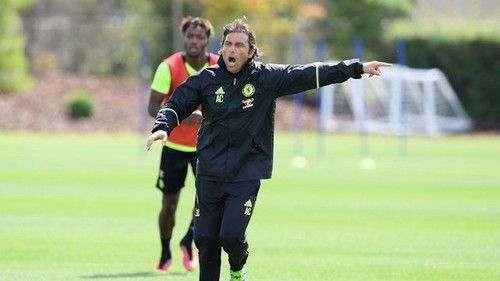 Конте провел первую тренировку с Челси