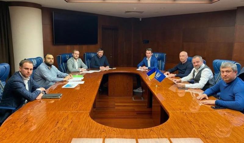 ПАВЕЛКО:  Минздрав поддержал возобновление матчей УПЛ. Спасибо министру