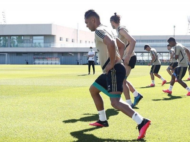 Реал больше не будет сообщать о продлении контрактов со своими игроками