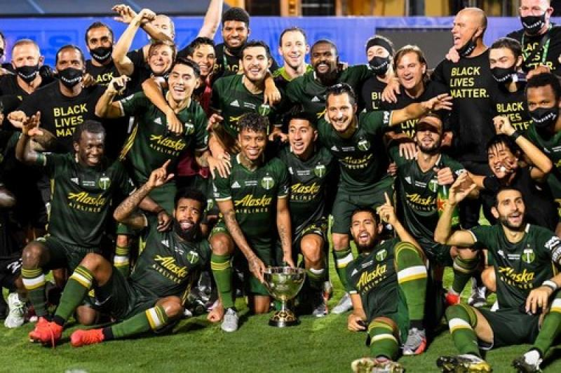 Экс-игрок Металлиста выиграл чемпионат MLS