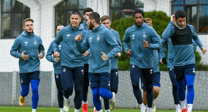Динамо прилетело в Будапешт на матч против Ференцвароша