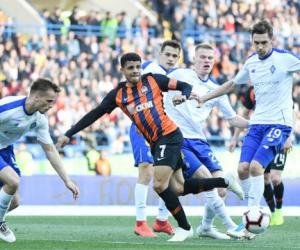 Новые правила для украинского футбола: не более 200 человек на матче, возрастной ценз - 18-60 лет